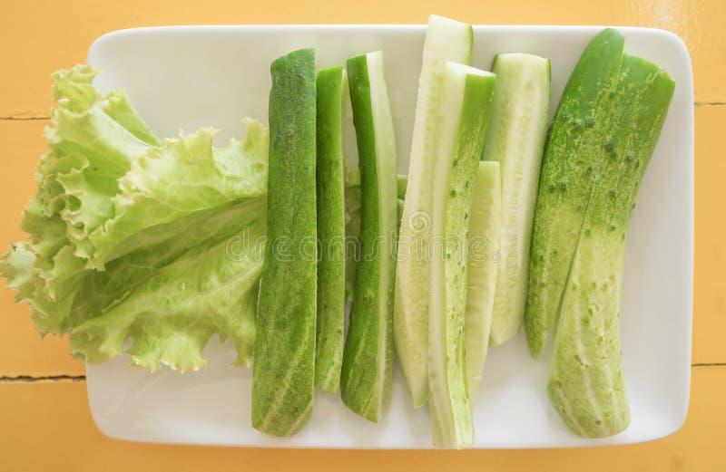 黄瓜切片饮食食物新鲜的绿色,健康成份 库存照片