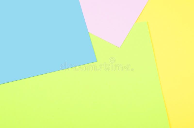 黄色和深蓝,桃红色五颜六色的柔和的淡色彩 库存照片