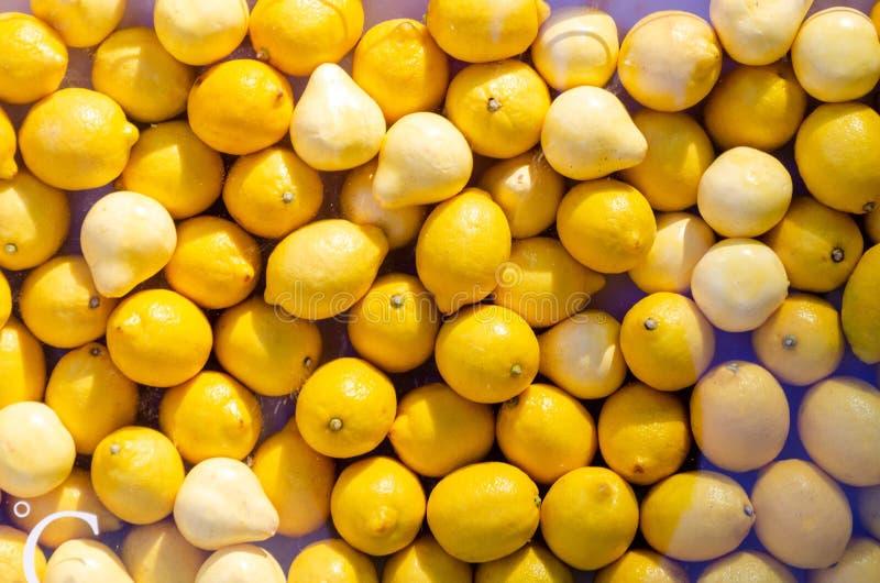 黄色柑橘水果 免版税库存照片