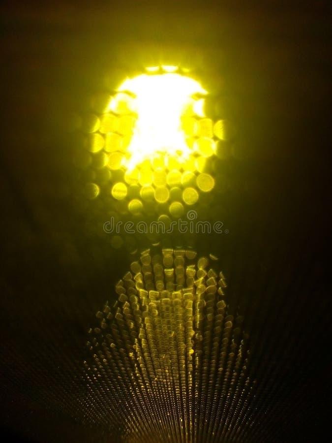 黄色简单的玻璃光 免版税图库摄影