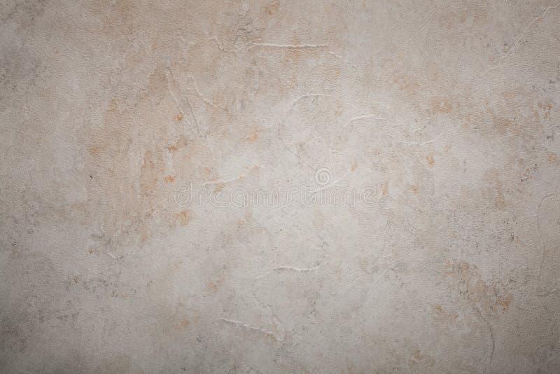 黄色铁锈难看的东西老水泥风化了墙壁背景 库存图片