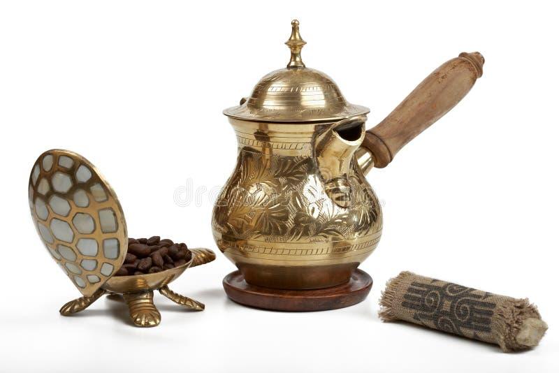 黄铜咖啡壶 免版税图库摄影
