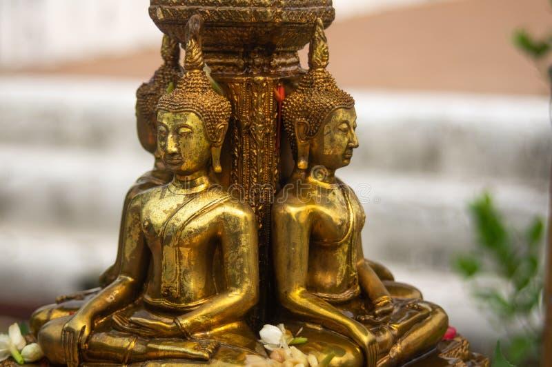 黄铜菩萨雕象 库存照片