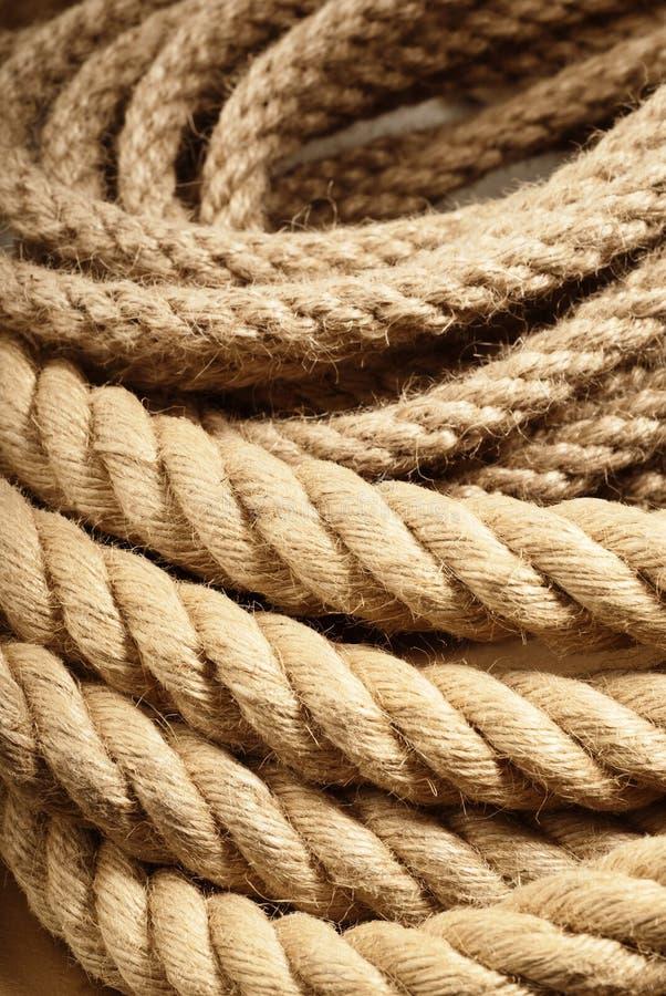 Download 黄麻自然绳索 库存照片. 图片 包括有 海洋, 关闭, 亚麻布, 小船, 可靠, 套索, 绳索, 设备, 材料 - 22351936