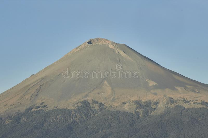 黎明,火山popocatepetl 库存图片