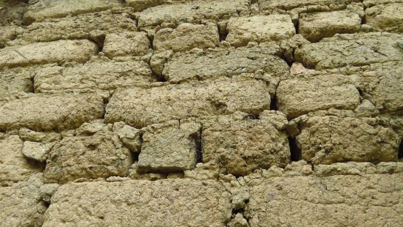 黏土砖墙纹理背景 土气样式 免版税库存照片