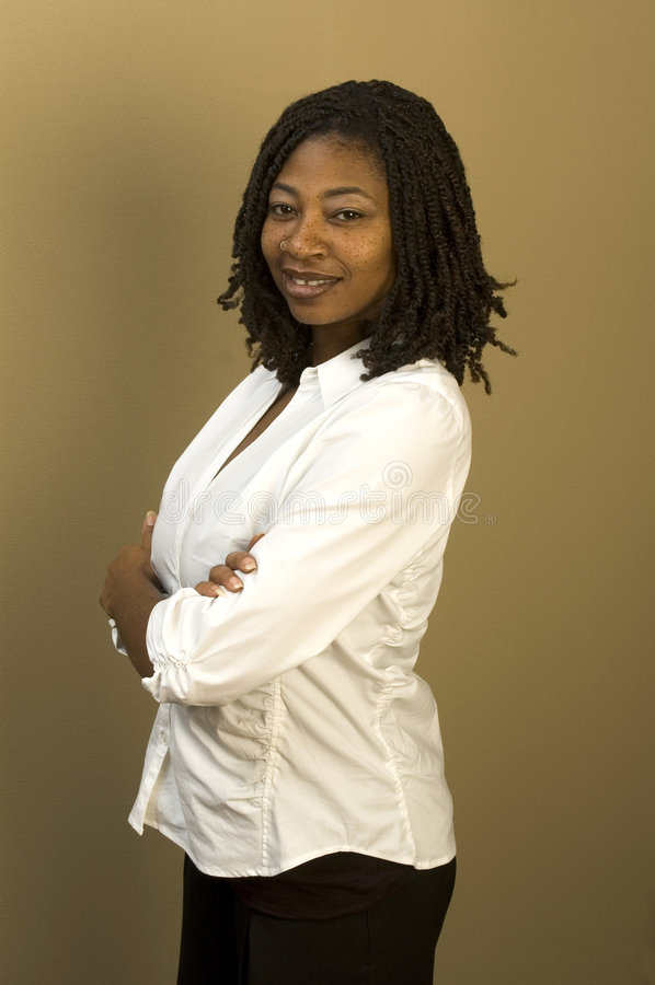 黑人办公室妇女 免版税库存图片