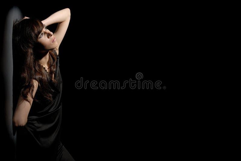 黑人礼服妇女 免版税图库摄影