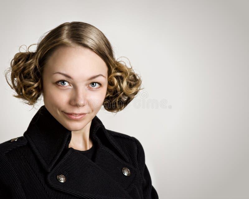 黑发妇女年轻人 免版税库存照片