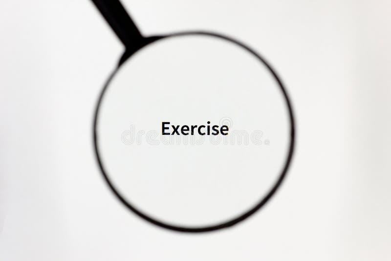 黑放大器扩大化在一张白色纸片的题字 免版税库存照片