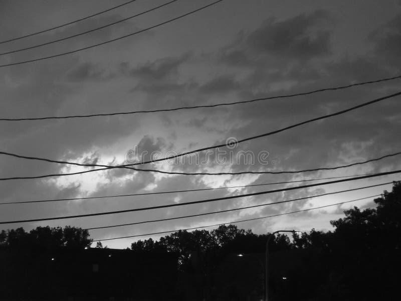 黑暗的天空和云彩 库存图片