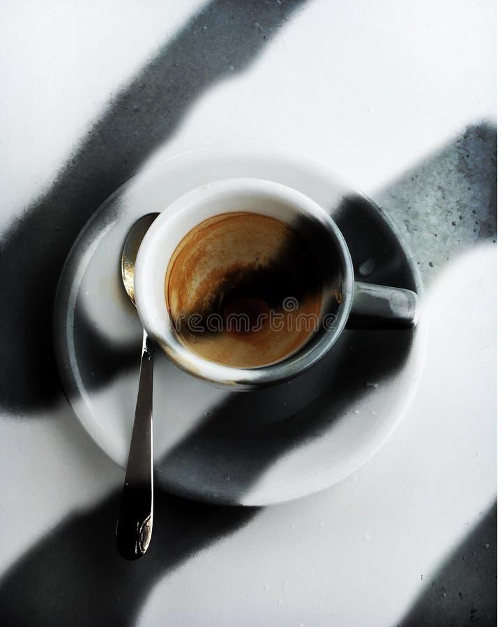 黑暗的Caffe 库存图片
