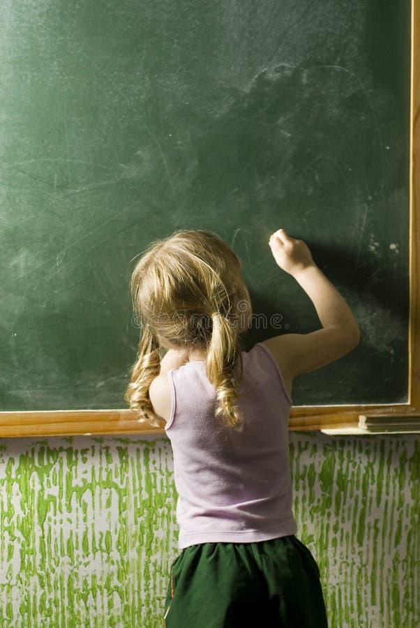 黑板女孩 免版税库存照片