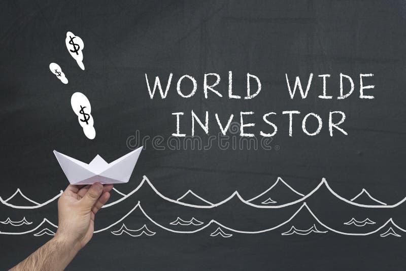 黑板的全世界投资者 免版税库存照片