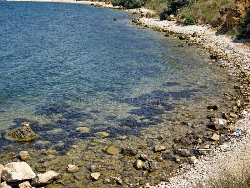 黑海的岩石和石头 免版税库存图片