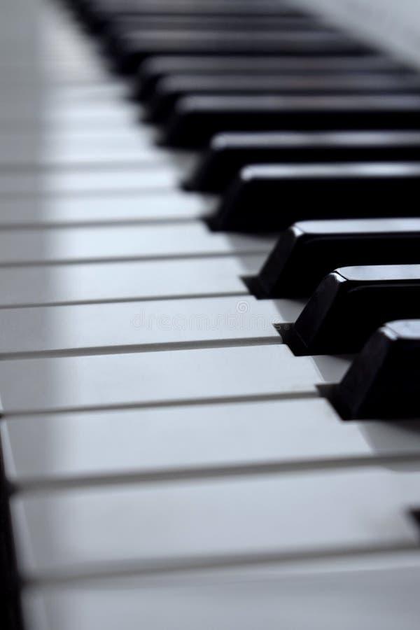 黑白钢琴钥匙 库存照片