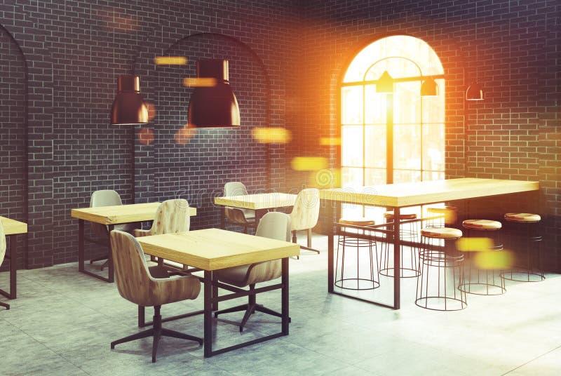 黑砖咖啡馆角落,被定调子的木桌 向量例证