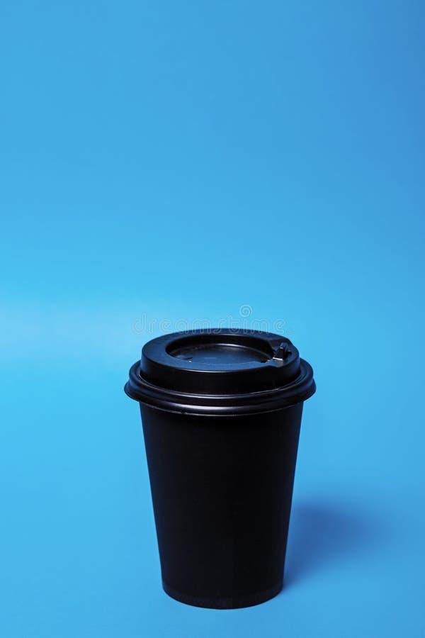黑纸咖啡玻璃 库存照片