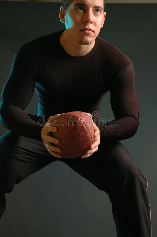 黑色健身男 免版税库存图片