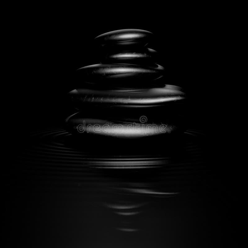 黑色向禅宗扔石头 向量例证