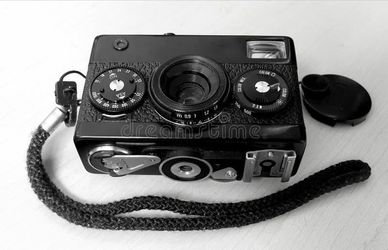黑色和丝毫照相机 免版税库存图片
