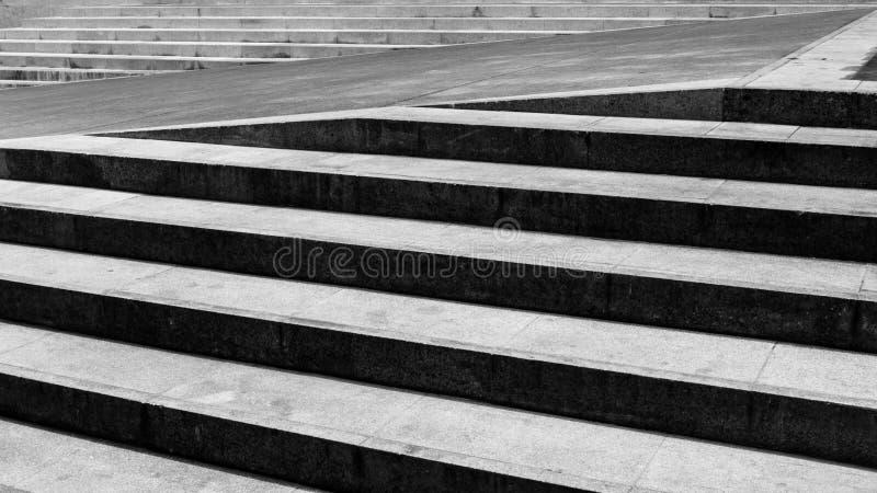 黑色和whtie楼梯 免版税库存照片