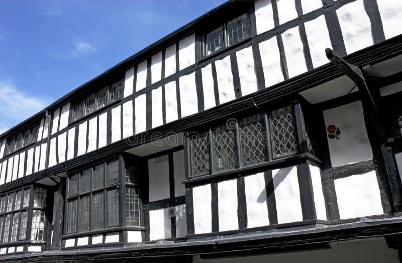 黑色大厦shrewsbury tudor白色 免版税库存照片