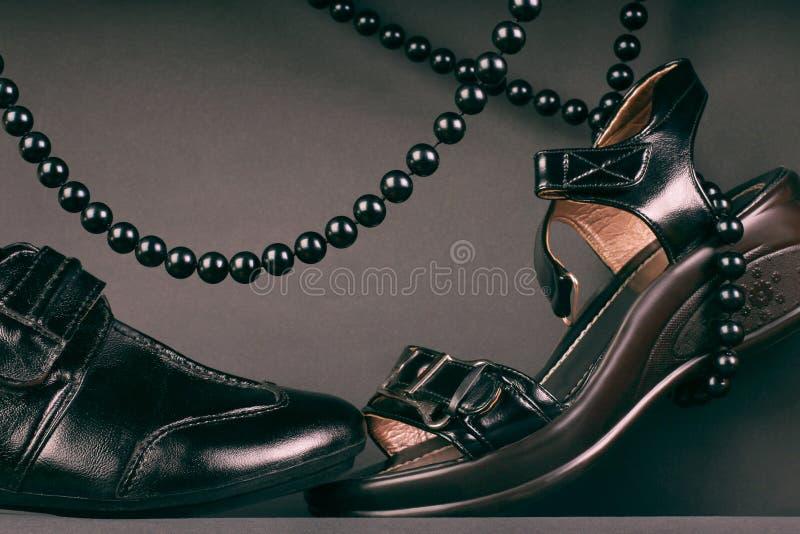 黑色夫妇鞋类鞋子 库存照片