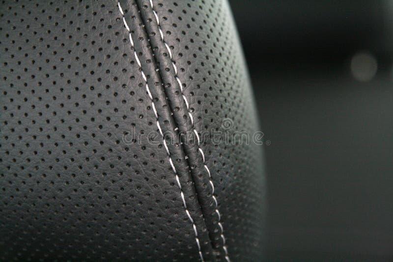 黑色汽车皮革豪华位子 库存照片