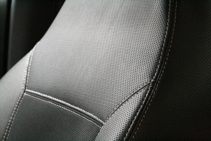 黑色汽车皮革豪华位子 免版税图库摄影