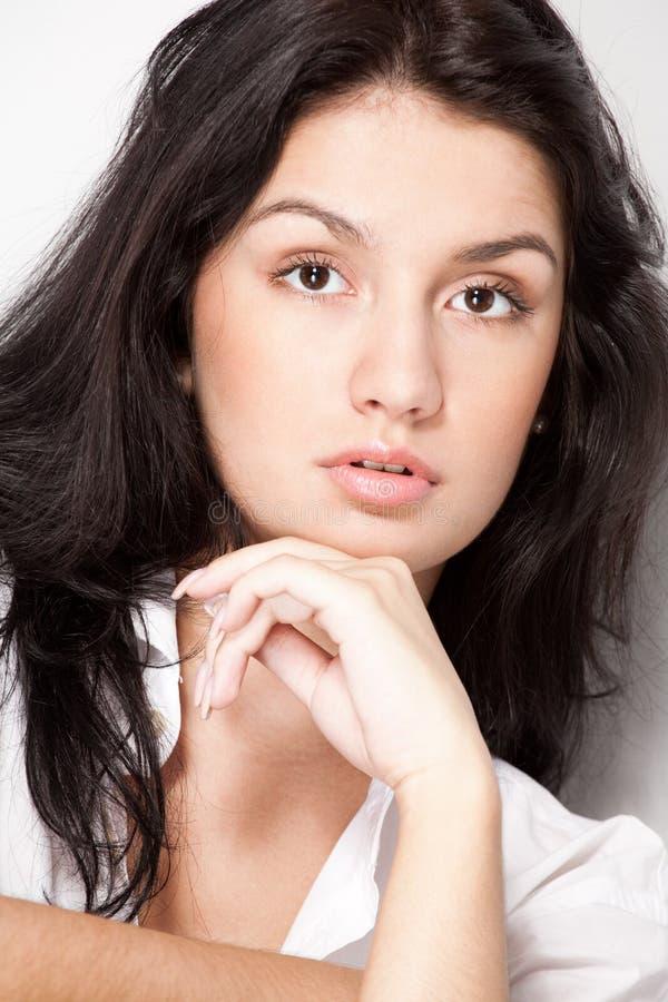 黑色特写镜头头发妇女年轻人 免版税库存图片