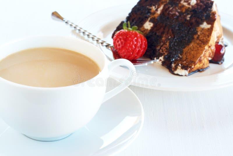 黑色蛋糕咖啡森林片式 库存照片