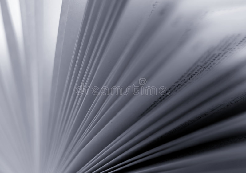 黑色被弄脏的书呼叫白色 免版税图库摄影