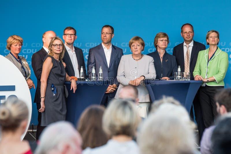 默克尔和柏林基民盟党候选人 库存图片