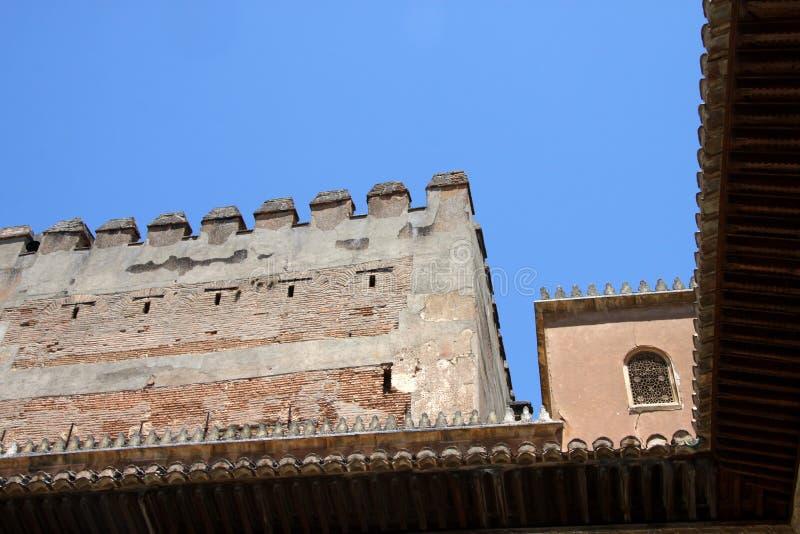 默特尔庭院在阿尔罕布拉的科马雷斯的宫殿在格拉纳达 免版税库存照片