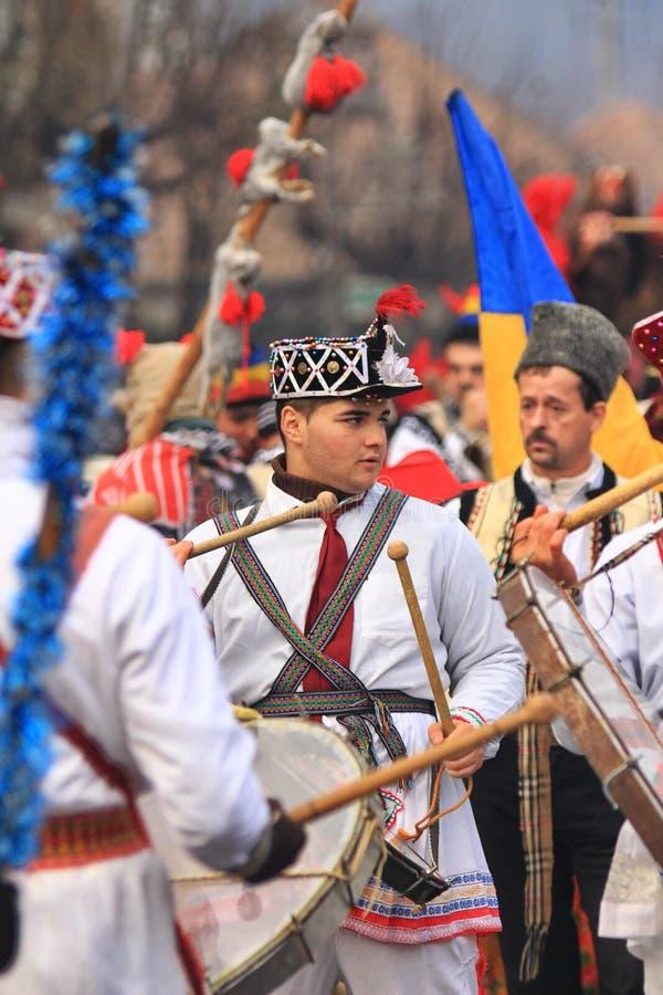 Download 鼓手 图库摄影片. 图片 包括有 帽子, 活动家, 罗马尼亚语, 皮肤, 室外, 服装, 使用, 纵向, 穿戴 - 79122062