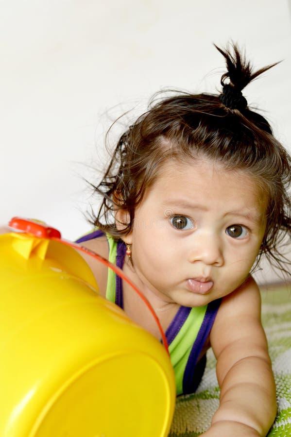 年龄的一个亚裔印第安男婴7个月使用 免版税库存照片