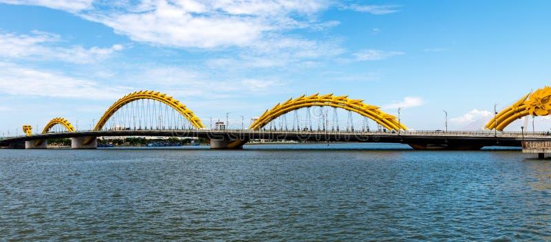 Download 龙桥梁在岘港市市2015年5月 库存照片. 图片 包括有 安排, 旅行, 房子, 目的地, 异国情调, 现代 - 72357358