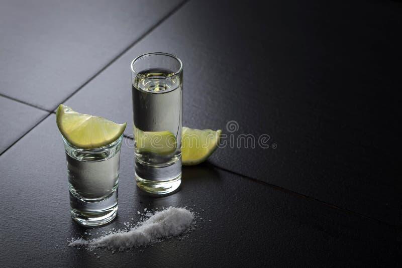 龙舌兰酒、石灰和盐 免版税库存照片