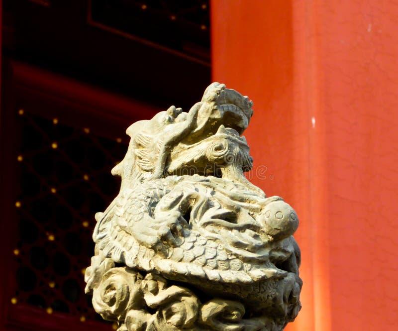 龙雕塑 图库摄影