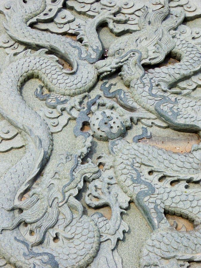 龙雕刻 免版税库存图片