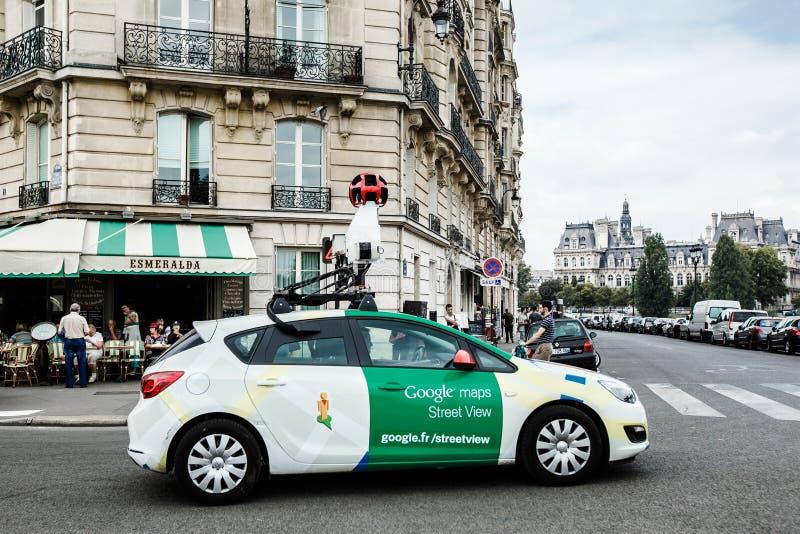 巴黎,法国- 2014年9月04日:在巴黎街道上的谷歌汽车 免版税库存照片