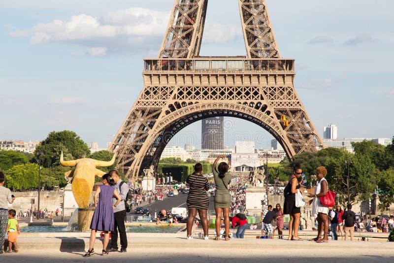 巴黎,法国- 2017年6月24日:艾菲尔铁塔的看法从Place de Trocadero的 库存照片