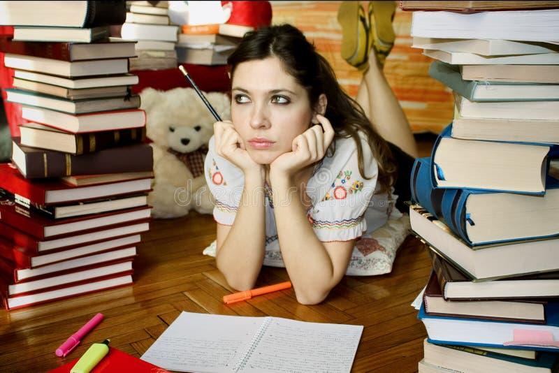 01个女孩学习 免版税库存照片