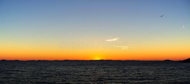 01 kornaten solnedgång arkivfoto