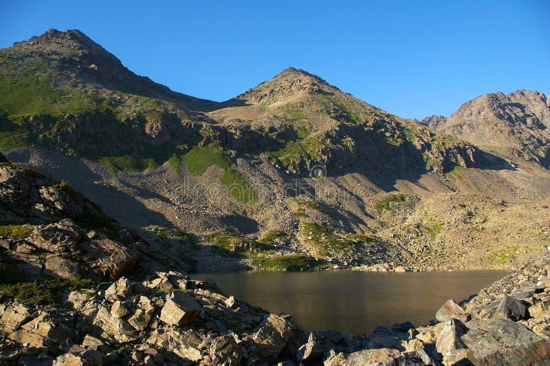 02 горы озера стоковые изображения rf