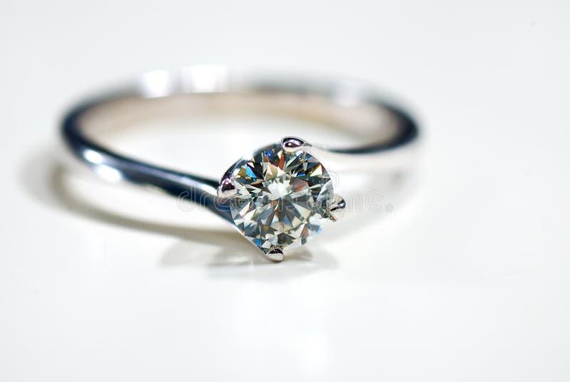 02 diamentowy pierścionek zdjęcia royalty free