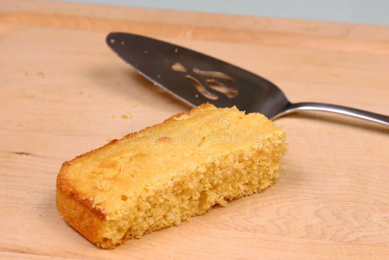 03新鲜被烘烤的面包的玉米 库存图片