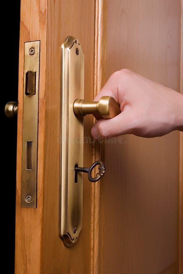 03 otwarcie drzwi obraz royalty free
