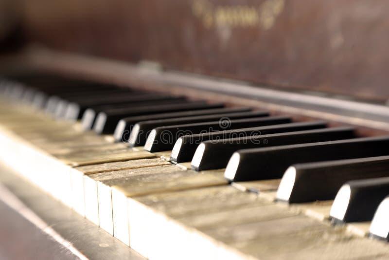 04 rocznik pianin obraz stock